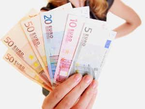 Werbebriefe können auf die Aussicht auf Geld und Gewinn abzielen